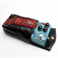 Souldier+Keeley_Pedal_Bag_Monterey_Red_Side_Angle