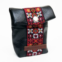 Souldier+Keeley_Pedal_Bag_Woodstock_Red_Front_Angle