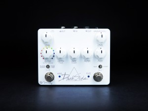 Keeley Electronics Dark Side White Out Pedal Front