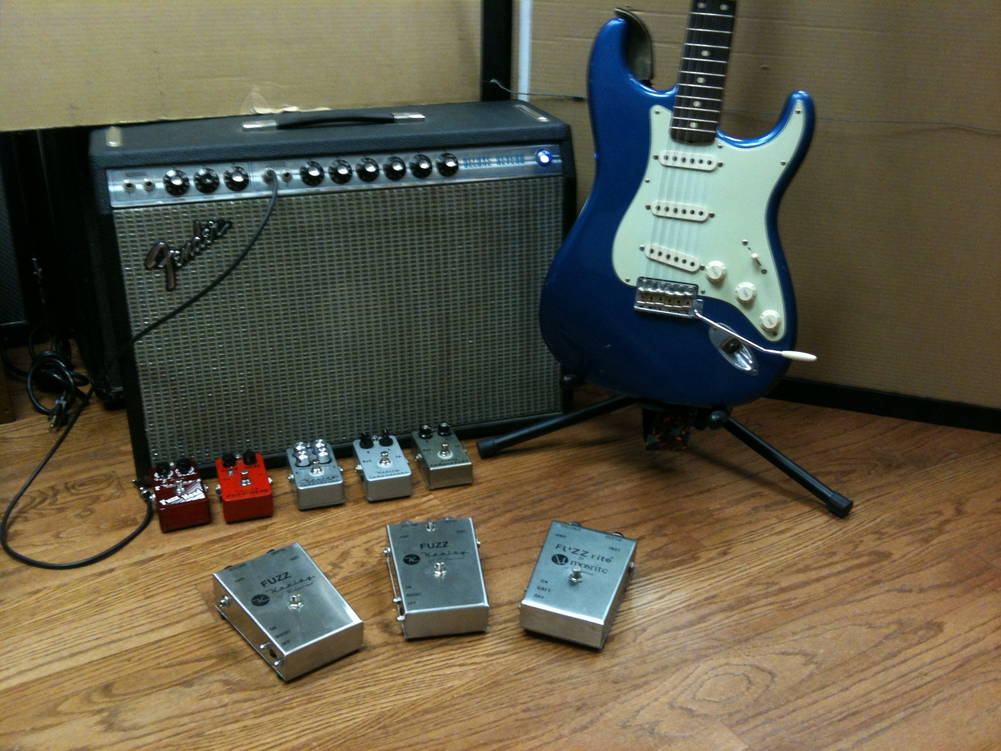 Product Research Archives Keely Electronics Building A Wah Little Differently Ultimate Guitar Keeley Mosrite Fuzzrite Fender Deluxe Strat